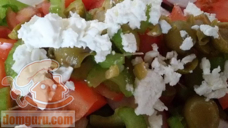 Вкусный салат на быструю руку рецепт с