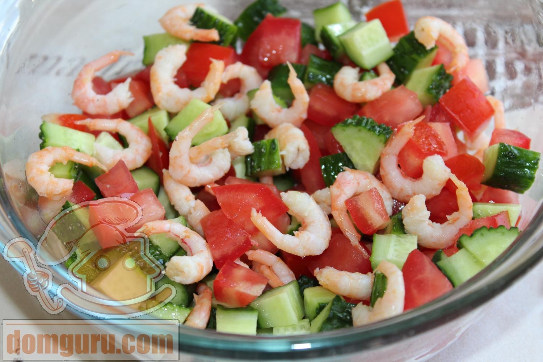 Салат с креветками помидорами огурцами рецепт с